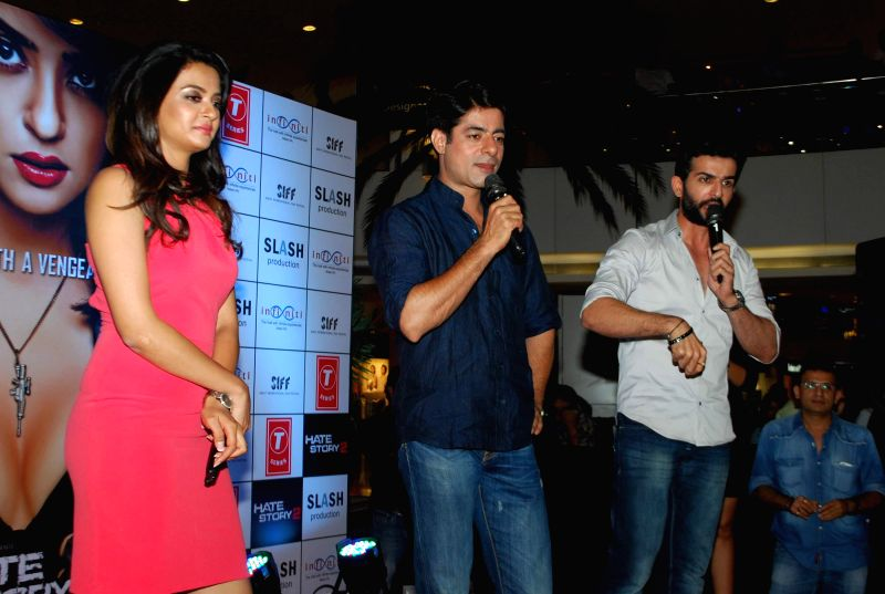 Actors Sushant Singh, Surveen Chawla and Jay Bhanusali during the promotion of film Hate Story 2 in Mumbai on July 12, 2014. - Sushant Singh, Surveen Chawla and Jay Bhanusali