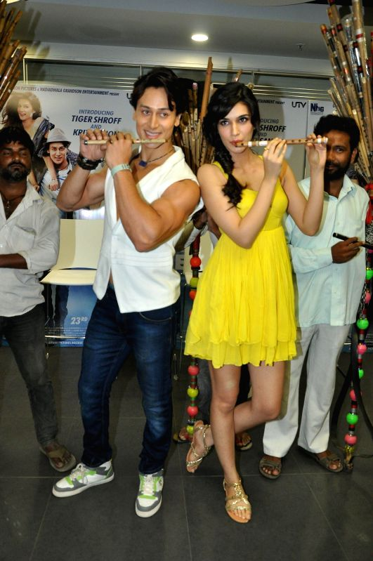 Actors Tiger Shroff and  Kriti Sanon during the music launch of the movie Heropanti  at Andheri in Mumbai on April 12, 2014. - Tiger Shroff and Kriti Sanon