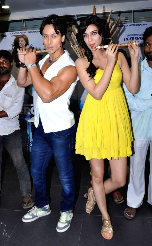 Actors Tiger Shroff and Kriti Sanon during the music launch of the movie Heropanti in Mumbai on April 12 , 2014. - Tiger Shroff and Kriti Sanon