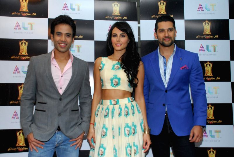 Actors Tusshar Kapoor, Mandana Karimi and Aftab Shivdasani  during the launch of upcoming film Kya Kool Hain Hum 3 in Mumbai, on Dec 7, 2014. - Tusshar Kapoor, Mandana Karimi and Aftab Shivdasani