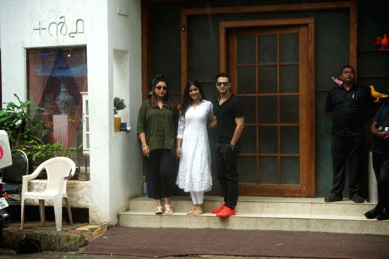 Actors Vatsal Sheth, Ishita Dutta and Tanushree Dutta seen at Mumbai's Juhu on Aug 5, 2018. - Vatsal Sheth, Ishita Dutta and Tanushree Dutta
