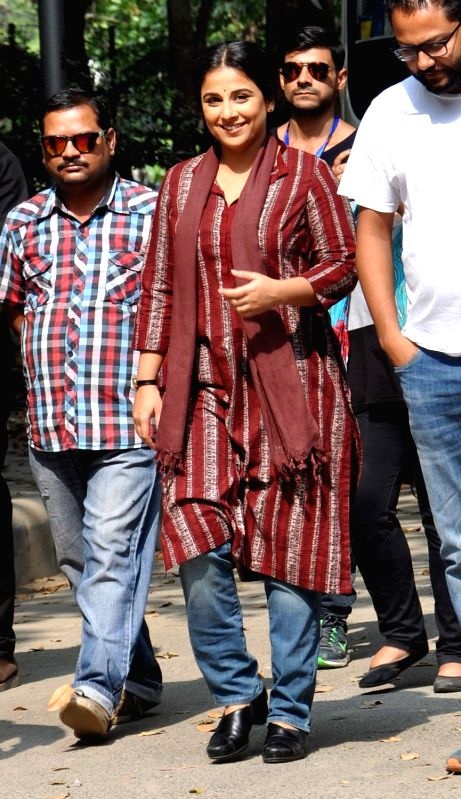 Actors Vidya Balan during shooting for her upcoming film `Te3n` in Kolkata on Nov 27, 2015.