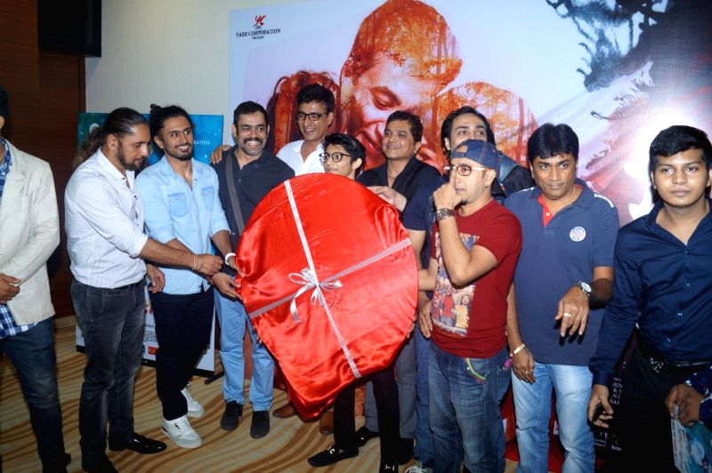 Actors Vineet Sharma, Narendra Jha, filmmakers Suzad Iqbal Khan, Paresh Mehta along with the cast and crew of the film during the music launch of film My Father Iqbal in Mumbai, on August 6, ... - Vineet Sharma, Narendra Jha, Suzad Iqbal Khan and Paresh Mehta