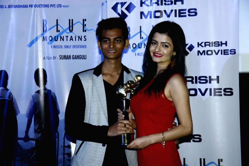 Actors Yatharth Ratnum and Simran Sharma during the celebration for the best feature film Blue Mountain in 9th International Children's Film festival of India in Mumbai on Dec 2, 2015. - Yatharth Ratnum and Simran Sharma