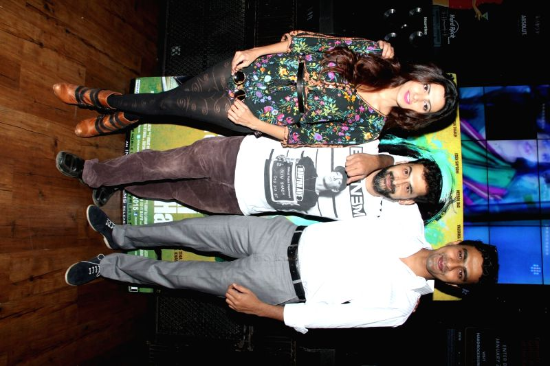 Actors Yaushika Verma and Varun Thakur during the music launch of film Yahaan Sabki Lagi Hai in Mumbai, on March 23, 2015. - Yaushika Verma and Varun Thakur