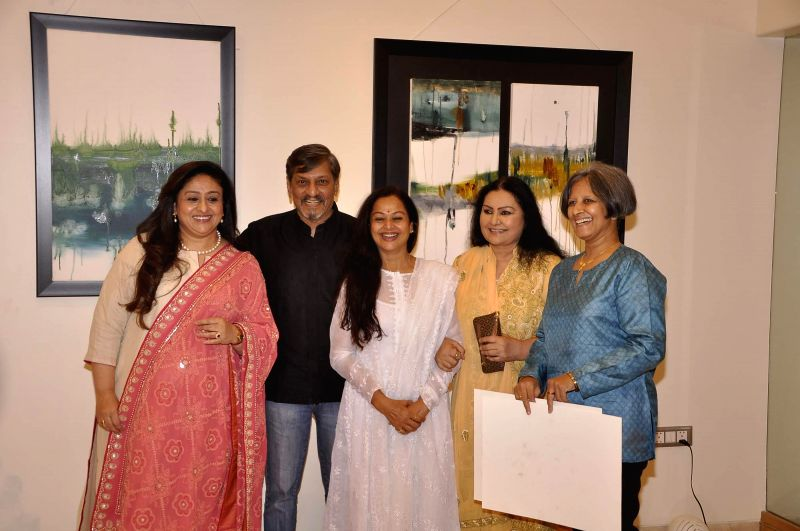 Actors Zarina Wahab, Bindiya Goswami, Amol Palekar, Vidya Sinha and Sandhya Ghokle during his painting exhibition at Gallery Art and Soul, in Mumbai on Dec 7, 2014. - Zarina Wahab, Bindiya Goswami, Amol Palekar, Vidya Sinha and Sandhya Ghokle