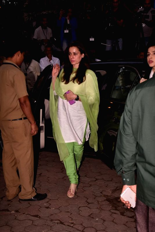 Shashi Kapoor's condolence meet - Aditi Rao Hydari and Shashi Kapoor