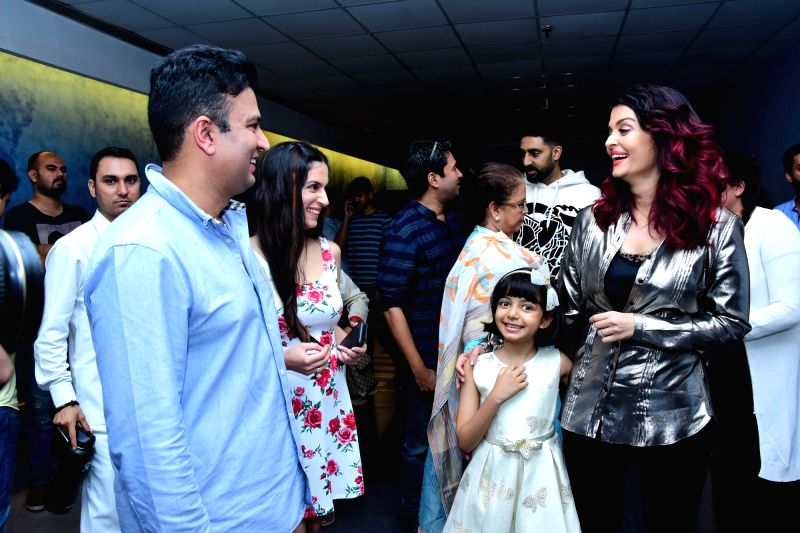 """Actress Aishwarya Rai Bachchan along with her daughter Aaradhya Bachchan at the special screening of her film """"Fanney Khan"""" in Mumbai on Aug 2, 2018. - Aishwarya Rai Bachchan, Aaradhya Bachchan and Fanney Khan"""