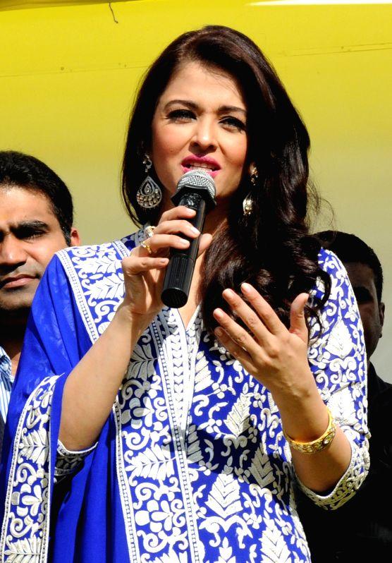 Actress Aishwarya Rai Bachchan at the inauguration of a showroom in Amritsar, on Dec 7, 2014.