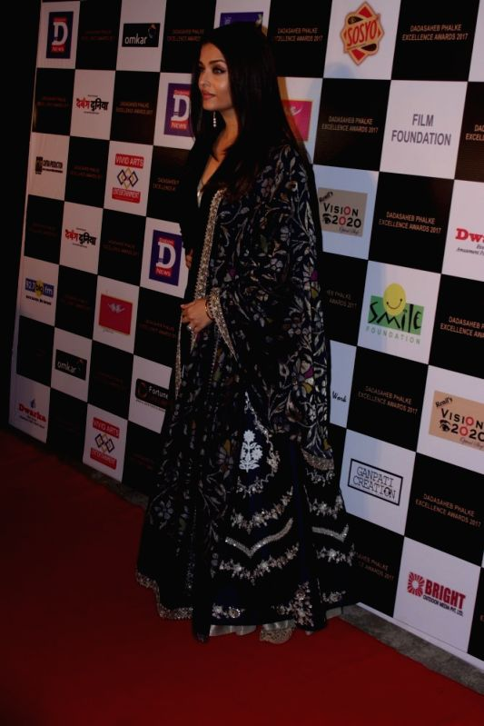 Actress Aishwarya Rai Bachchan at the red carpet of the Dadasaheb Phalke Award function in Mumbai on April 21, 2017. Aishwarya Rai Bachchan received the Dadasaheb Phalke award for her ... - Aishwarya Rai Bachchan