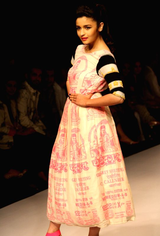 Alia Bhatt At The Designer Masaba Show At The Wills Lifestyle India Fashion Week Spring Summer 2014