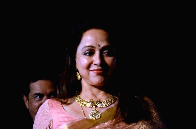 Actress and BJP MP Hema Malini at the Dadasaheb Phalke award function in Mumbai on April 21, 2017. Hema Malini was given Dada Saheb Phalke award for her immense contribution in Indian cinema. - Hema Malini