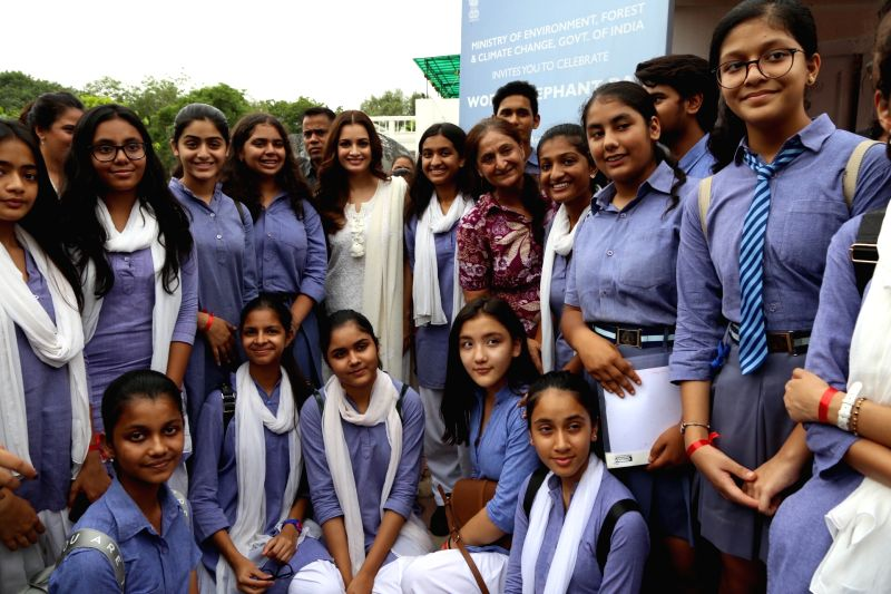 Actress and Wildlife Trust of India (WTI) Brand Ambassador Dia Mirza with school students at the inaugural programme of 'Gaj Mahotasav' organised on the occasion of World Elephant Day', in ... - Dia Mirza