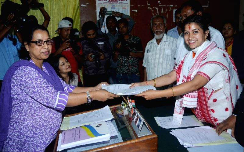 Angurlata Deka files nomination papers for Assam election - Angurlata