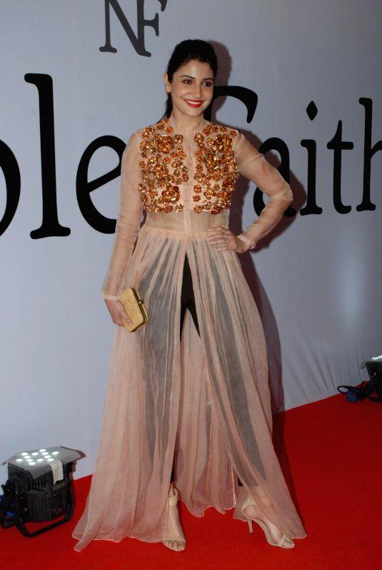 http://files.prokerala.com/news/photos/imgs/800/actress-anushka-sharma-during-the-launch-of-the-212741.jpg