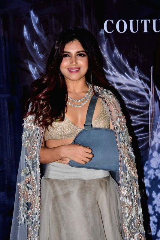 Actress Bhumi Pednekar at the fashion designer Manish Malhotra's Haute Couture 2018 in Mumbai. - Bhumi Pednekar and Manish Malhotra