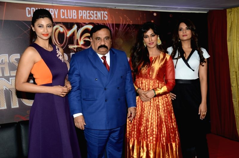 Actress Daisy Shah, Rajeev Reddy, CMD, Country Club (I) Ltd (CCIL), actors Chitrangada Singh and Richa Chadda during the announcement of Country Club's New Year celebrations in Mumbai on Oct ... - Daisy Shah, Chitrangada Singh, Richa Chadda and Rajeev Reddy