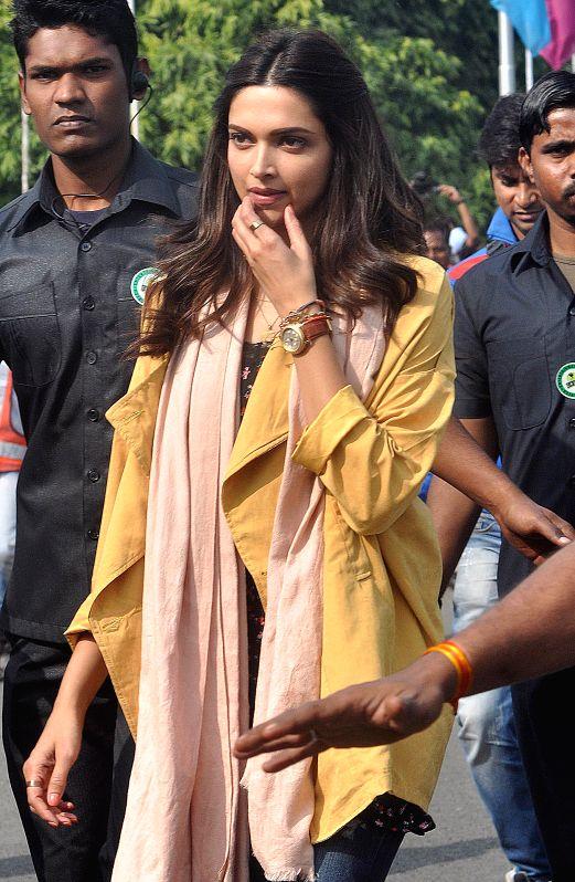 Actress Deepika Padukone during the shooting of her upcoming film `Tamasha` at Netaji Subhas Chandra Bose Airport in Kolkata, on Jan 16, 2015.