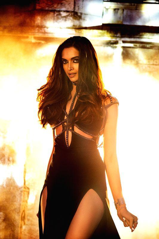Actress Deepika shot title track of \'Raabta\' - Deepika