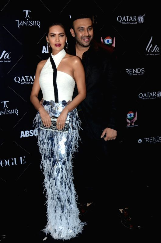 "Actress Esha Gupta and fashion designer Nikhil Thampi at the red carpet of ""Vogue Beauty Awards"" in Mumbai on July 31, 2018. - Esha Gupta"