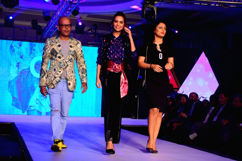 Youth Of India Liva Protege - Esha Gupta - Esha Gupta