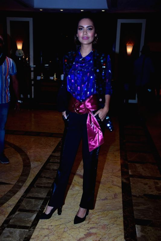 Actress Esha Gupta at the celebration of Youth Of India Liva Protege in Mumbai on Dec 14, 2017. - Esha Gupta