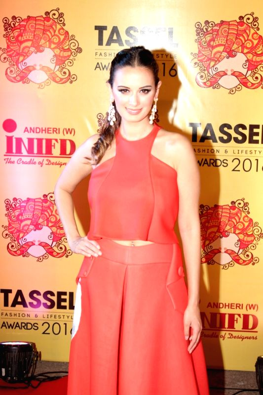 Actress Evelyn Sharma during the Tassel Fashion & Lifestyle Awards 2016, in Mumbai, on May 8, 2016. - Evelyn Sharma