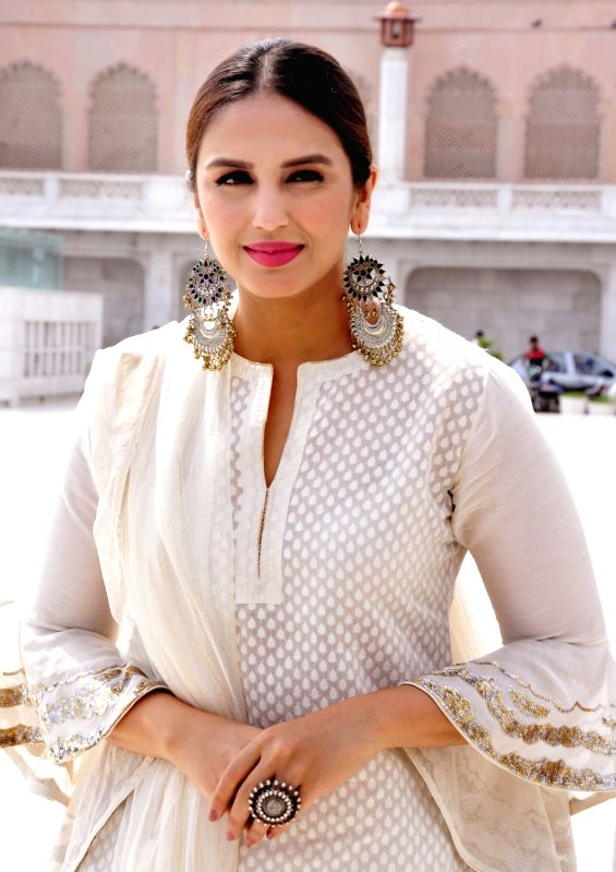 Actress Huma Qureshi pays obeisance at the Golden temple in Amritsar on Aug 12, 2017. - Huma Qureshi
