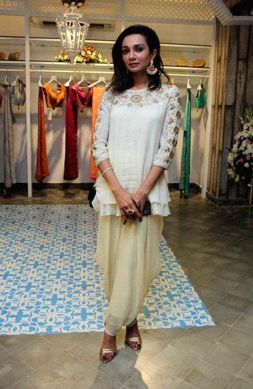 Actress Ira Dubey during a show organised by designer Sumona Parekh to showcase her Bridal/Fall Winter 2015 collection in Mumbai on Oct 27, 2015. - Ira Dubey