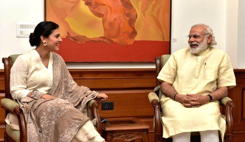 Actress Kajol calls on Prime Minister Narendra Modi in New Delhi, on May 18, 2016. - Kajol and Narendra Modi