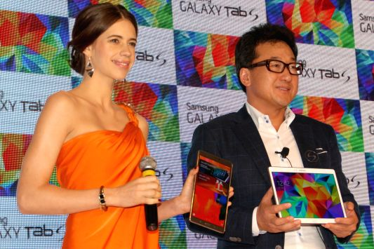 Actress Kalki Koechlin during launch of Samsung Galaxy Tab S in New Delhi on July 1, 2014. - Kalki Koechlin