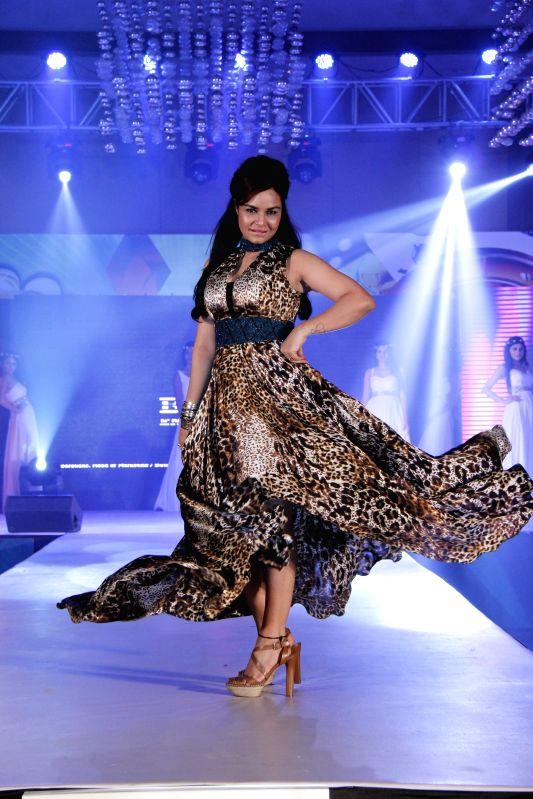 Actress Kavitta Verma during designer Manali Jagtap fashion show  in Mumbai on 24th March 2015. - Kavitta Verma