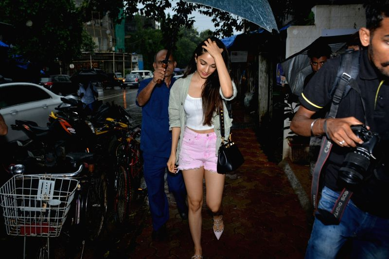 Actress Kiara Advani seen at Mumbai's Bandra on July 13, 2018. - Kiara Advani