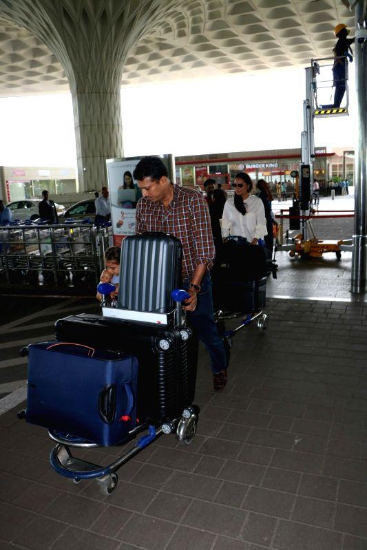 File Photo: CBFC chief Prasoon Joshi - Lara Dutta and Mahesh Bhupathi