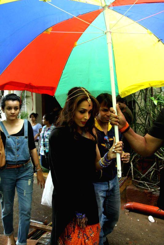 Actress Malaika Arora Khan during a item song shoot `pop Ragini` from upcoming film Dolly Ki Doli at Mehboob Studios in Mumbai on Thursday, July 10, 2014.