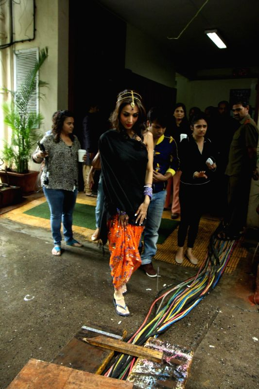 Actress Malaika Arora Khan during a item song shoot `pop Ragini` from upcoming film Dolly Ki Doli at Mehboob Studios in Mumbai on Thursday, July 10, 2014.