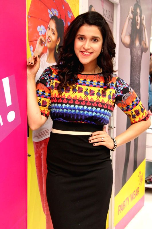 Actress Mannara Chopra during the launch of Designer Festive Collection and Celebrations of KAIRA 60 Stores in Hyderabad on July 27, 2016. - Mannara Chopra
