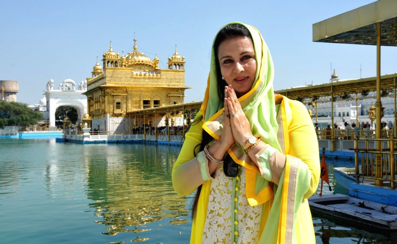 Actress Poonam Dhillon pays obeisance at the Golden Temple in Amritsar on April 24, 2014.