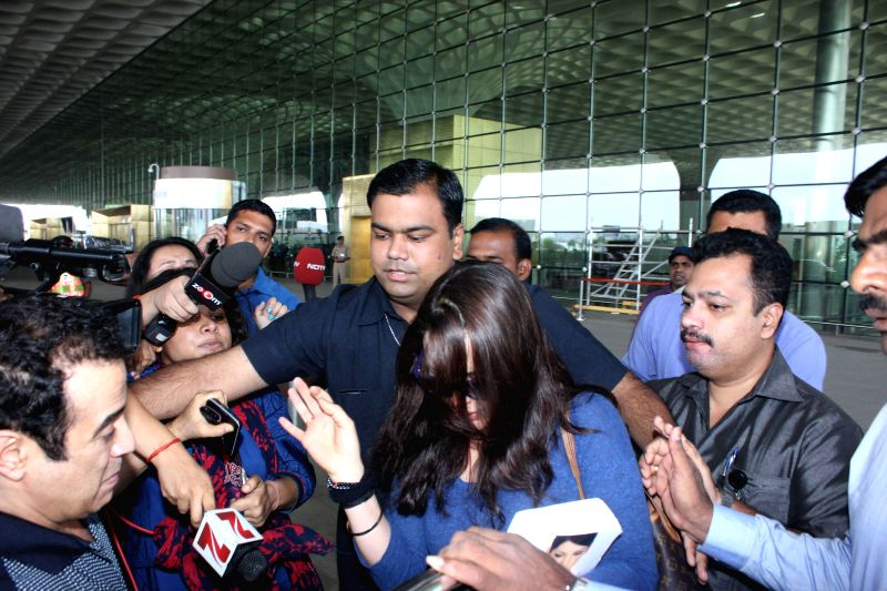 Actress Preity Zinta arrives from USA at Chhatrapati Shivaji International Airport in Mumbai on June 22, 2014.