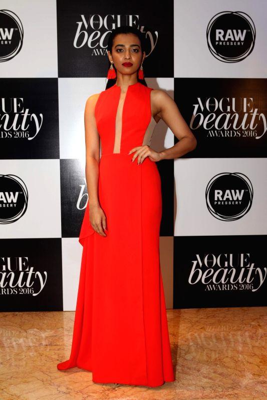 Actress Radhika Apte, winner of Flawless Face at the Vogue Beauty Awards 2016 at Taj Lands End, in Mumbai on July 27, 2016. - Radhika Apte