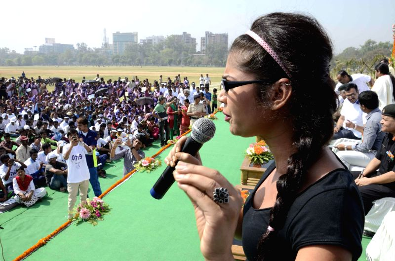 Actress Ratan Rajput during a voter awarness programm in Patna on April 12, 2014.