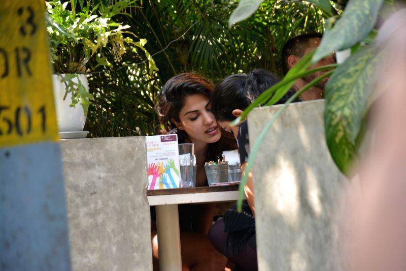 Actress Rhea Chakraborty seen at a Bandra restaurant in Mumbai on Jan 10, 2019. - Rhea Chakraborty