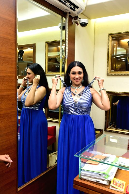 Actress Rituparna Sengupta at the launch of festival and contemporary Jewellery collection, in Kolkata, on July 26, 2018. - Rituparna Sengupta