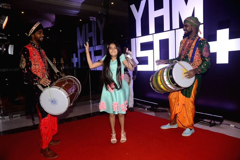 """Actress Ruhanika Dhawan during the celebration of television show """"Yeh Hai Mohabbatein"""" completes 1500 episodes in Mumbai on July 25, 2018. - Ruhanika Dhawan"""