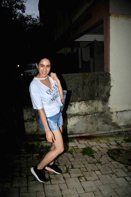 sara ali khan in casual wear