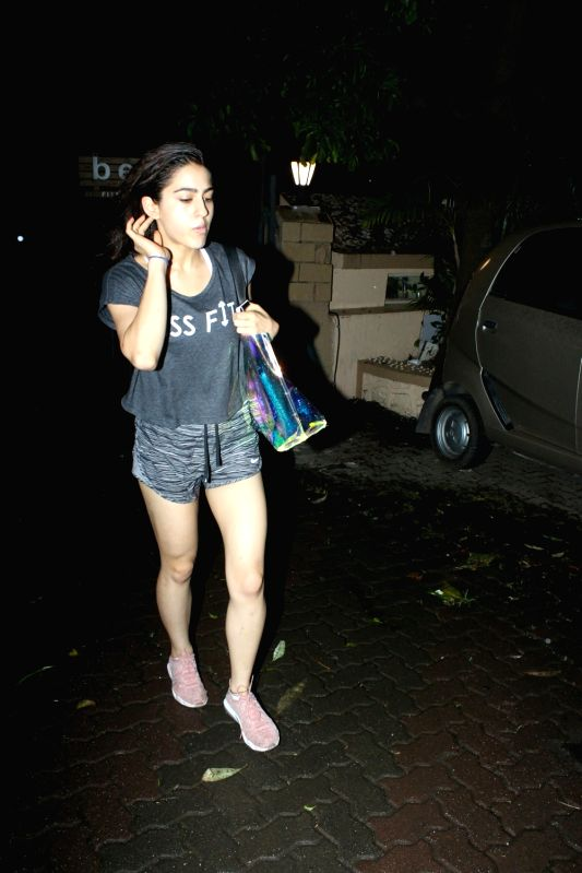 sara ali khan spotted at gym