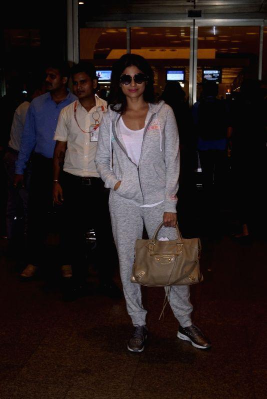 Actress Shamita Shetty leaves for Argentina to begin shooting for Khatron Ke Khiladi season 9 in Mumbai on July 11, 2018. - Shamita Shetty