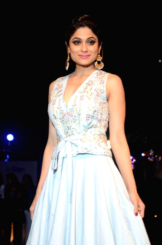 Actress Shamita Shetty walks the ramp for fashion designer Anita Dongre during the Lakme Fashion Week Summer/Resort 2018 in Mumbai on Jan 31, 2018. - Shamita Shetty