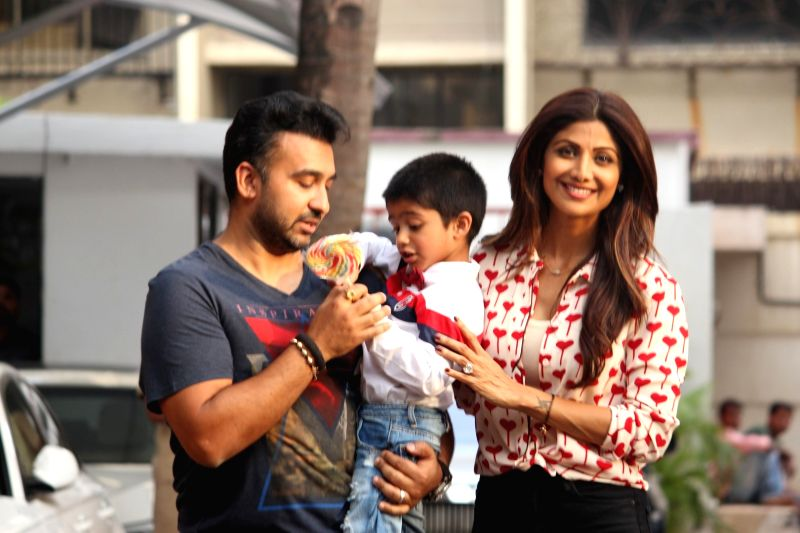 Actress Shilpa Shetty along with her huband Raj Kundra and son Viaan during the birthday celebration of their son Viaan in Mumbai, on May 21, 2016. - Shilpa Shetty and Raj Kundra