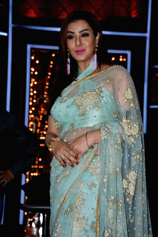 Actress Shilpa Shinde at the launch of cricket and comedy show Dhan Dhana Dhan in Mumbai on April 4, 2018.(Image Source: IANS)